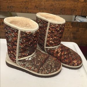 Sequin color change women ugg boots size:8